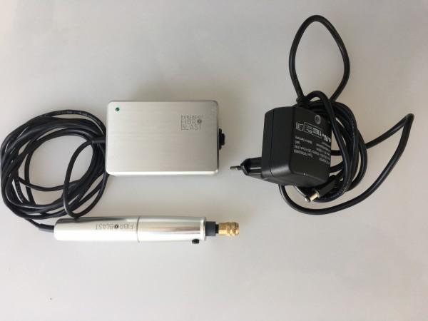 Fibroblast Pen mit Steckernetzteil